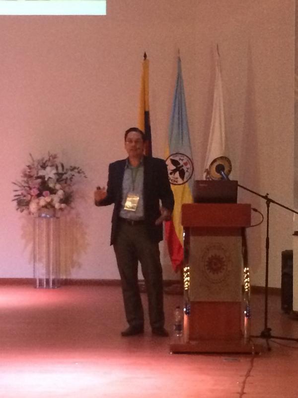Presentando en Congreso de Universidad del Cundinamarca