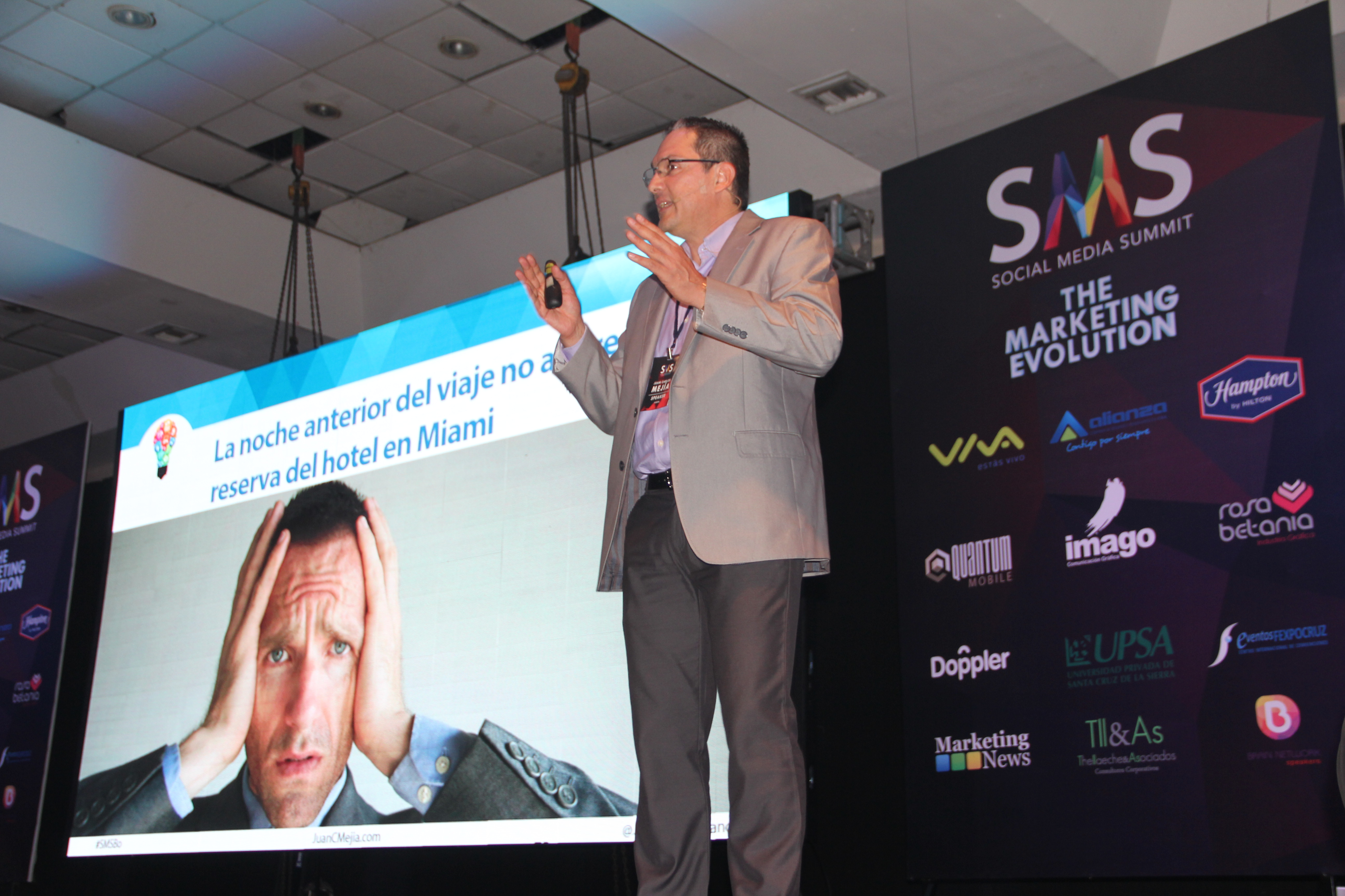 Juan Carlos Mejía Llano - Social Media Summit Santa Cruz