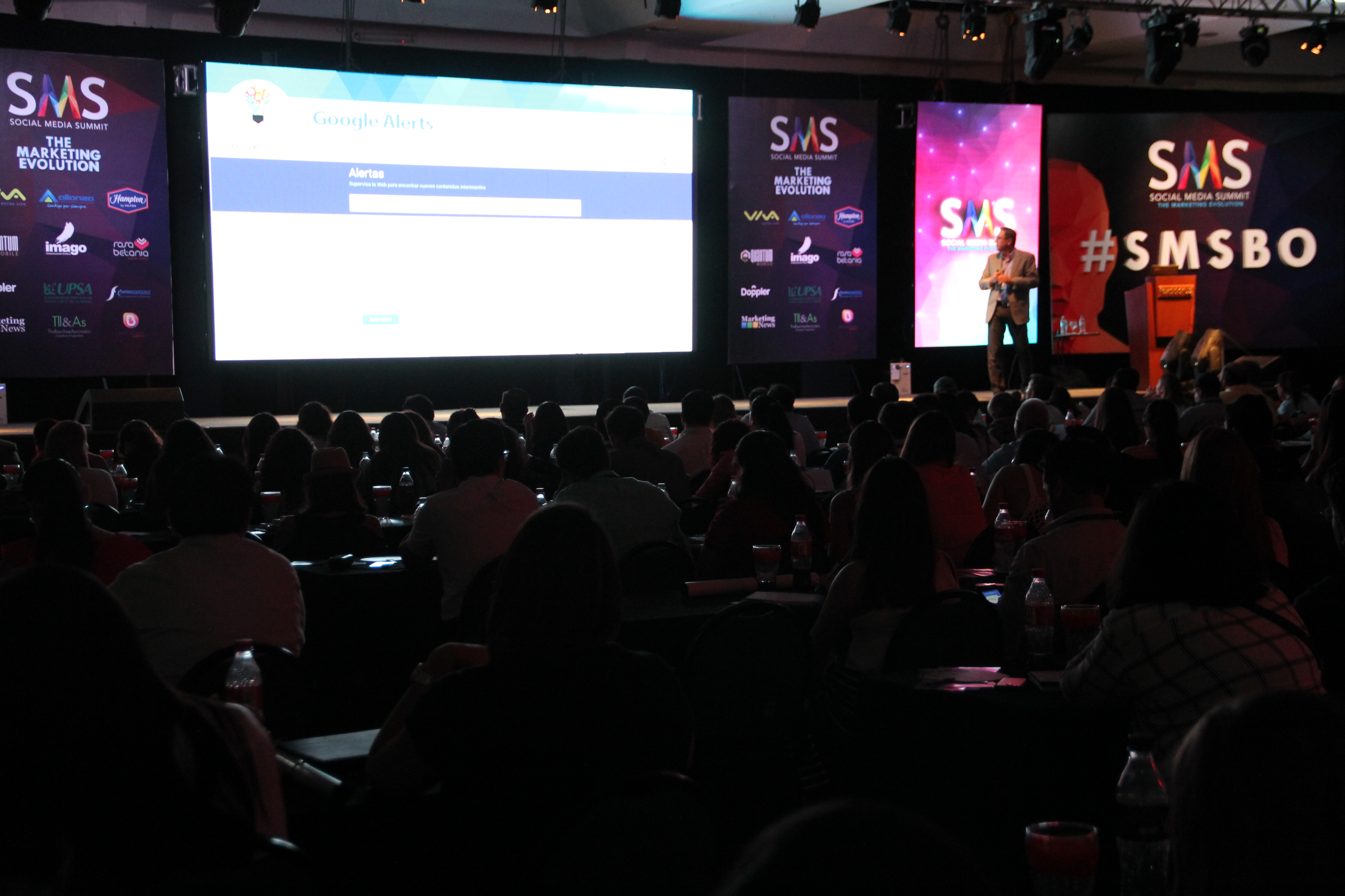 Juan Carlos Mejía Llano - Social Media Summit Santa Cruz Bolivia