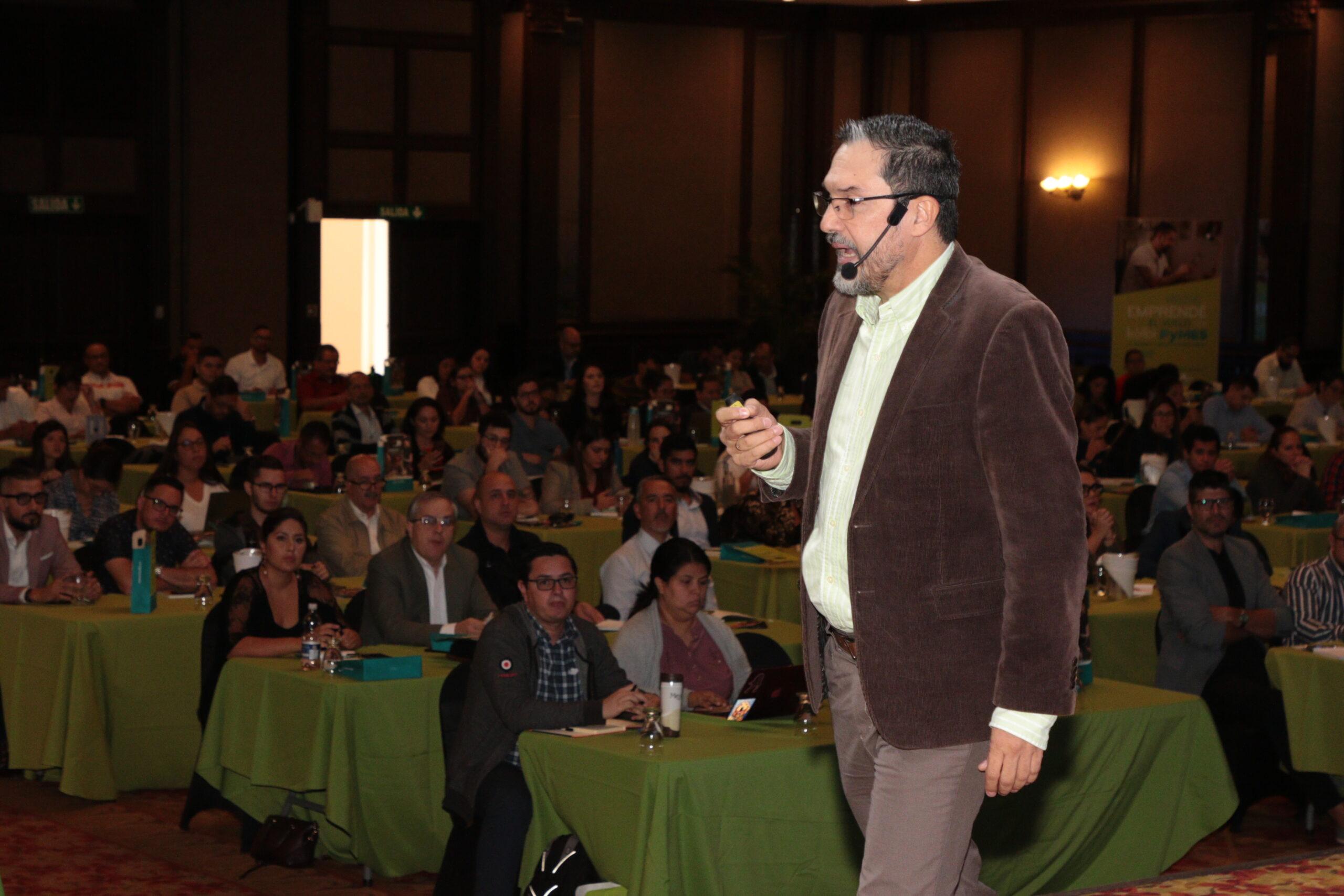 Juan Carlos Mejía Llano en San José de Costa Rica